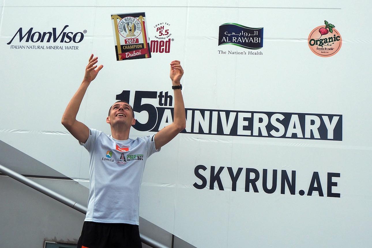 Piotr Lobozinski enjoying the victory and the trophy. ©VWC